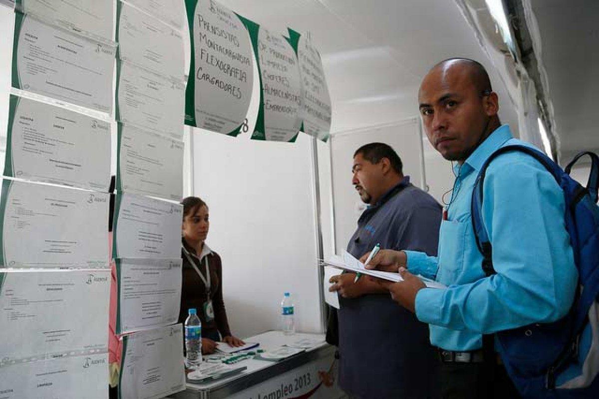 Feria de empleo en Tonalá, Jalisco por parte del gobierno de Aristóteles Sandoval en abril de 2013. Foto: Gobierno estatal.