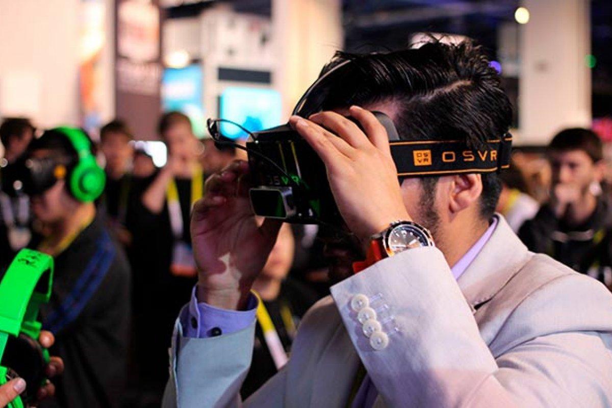 Las noticias consumidas en formato de realidad virtual generan mayor empatía y se recuerdan más, según un estudio (Foto: Maurizio Pesce)
