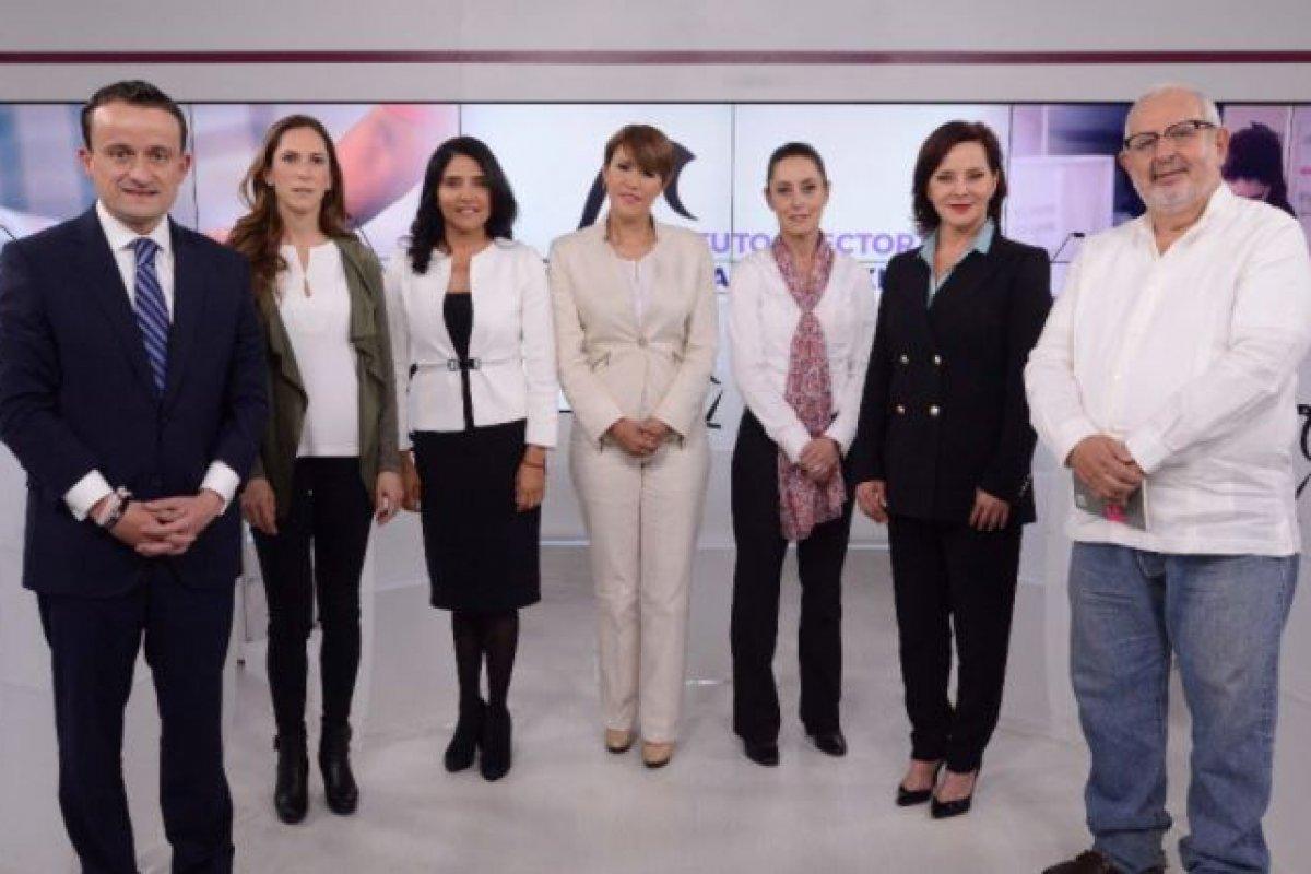 El debate se llevó entre siete participantes, sin embargo, Sheinbaum y Barrales encabezan las encuestas.