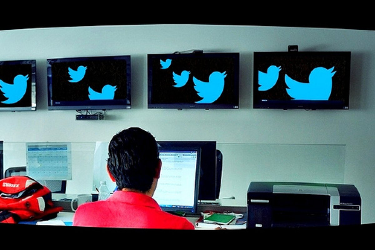 La cancelación de cuentas es una práctica común en Twitter; basta con que un determinado de usuarios ´denuncie´ a otro. Foto: Esther Vargas
