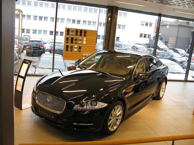 Se vendieron 109145 vehículos en el primer mes del año